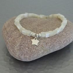 Bracelet perles nacre et étoile argent 925