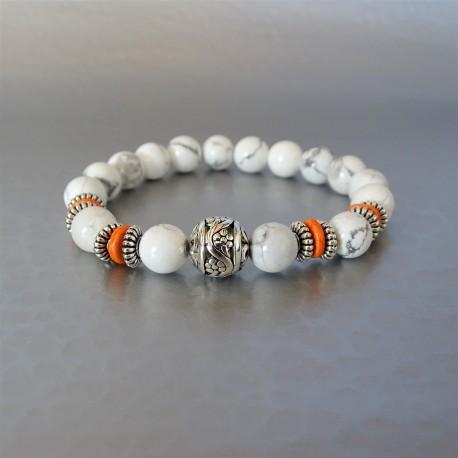 Bracelet perles howlite et perle argent tibétain