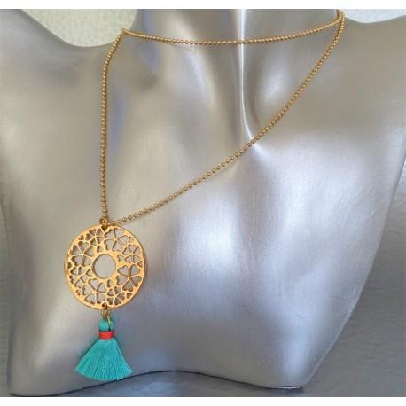 sautoir collier disque arabesque plaqué or pompon turquoise