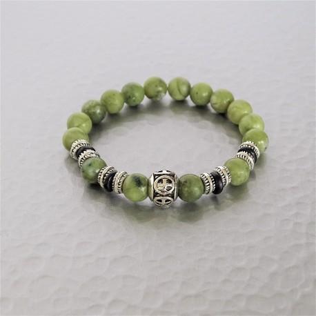 Bracelet perles Jade vert et  Croix de Malte