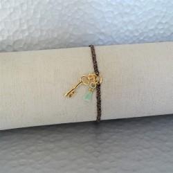Bracelet  Clé Plaqué Or et Mini Pompon Vert