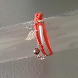 Bracelet Double Lien en Cuir Suédine Orange avec Breloques Argentées